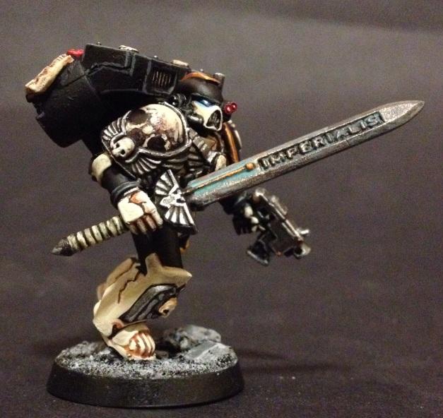 Mortifactors Vanguard Veteran with Power Sword and Bolt Pistol