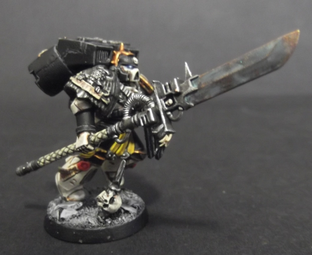 vanguard vet sgt with power weapon and shield