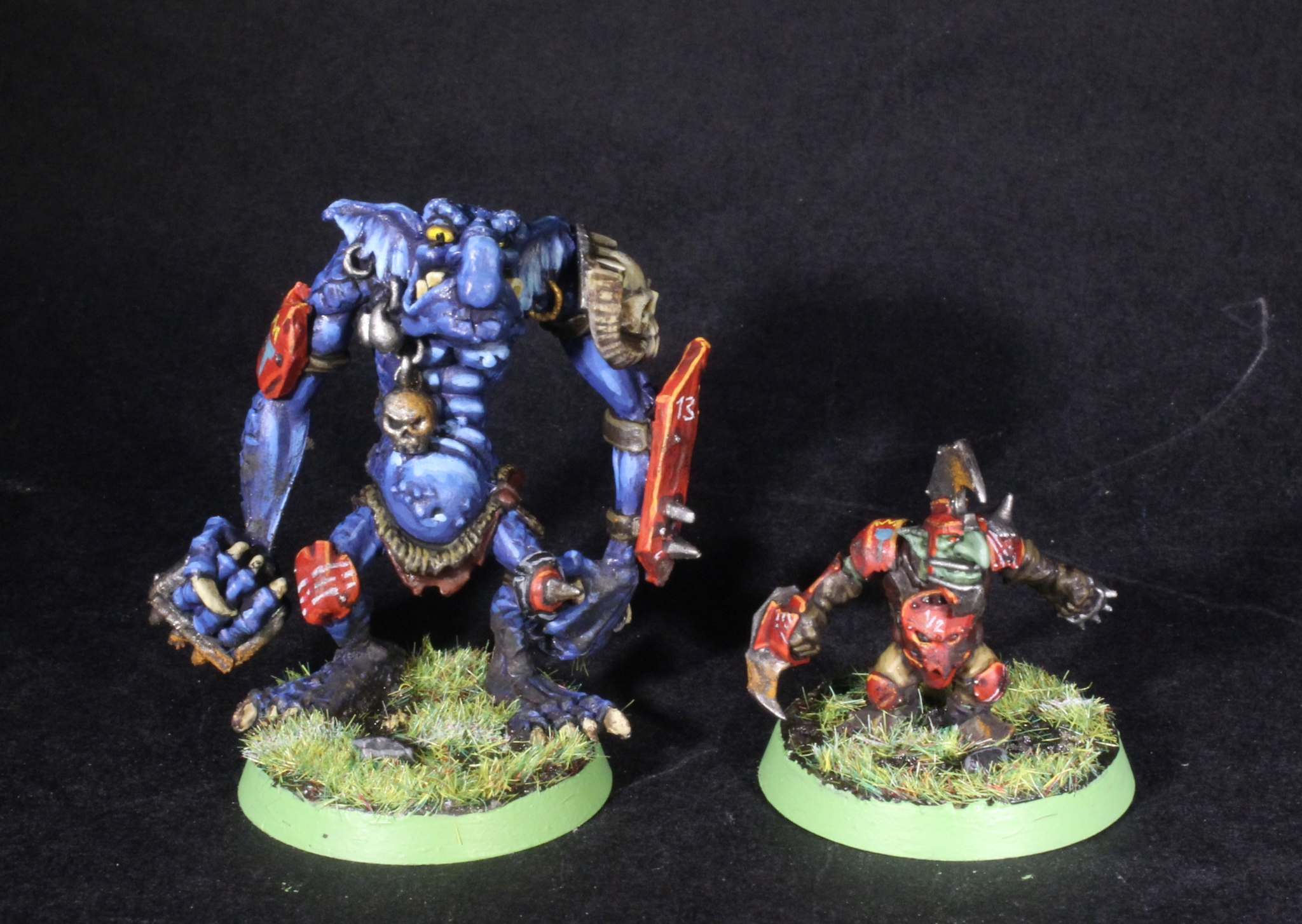 blood bowl troll and goblin