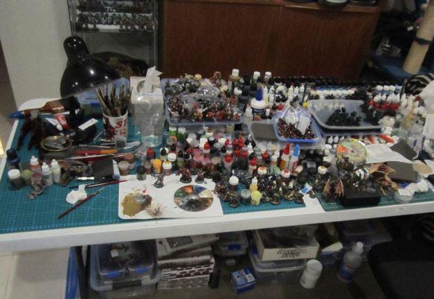 hobby desk azazel