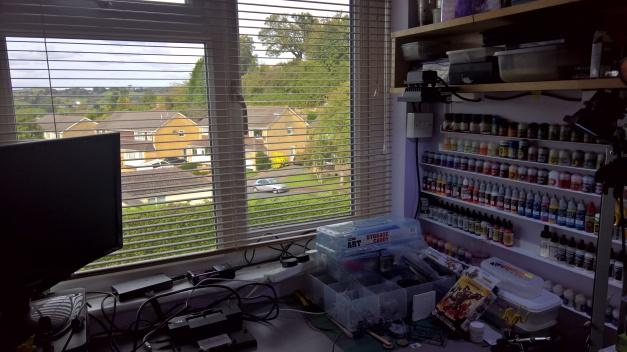 hobby desk tim